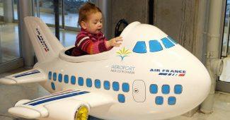 Partir avec un bébé en avion